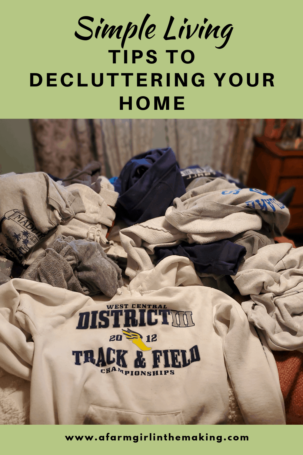 Simple Living | Tips to Decluttering Your Home