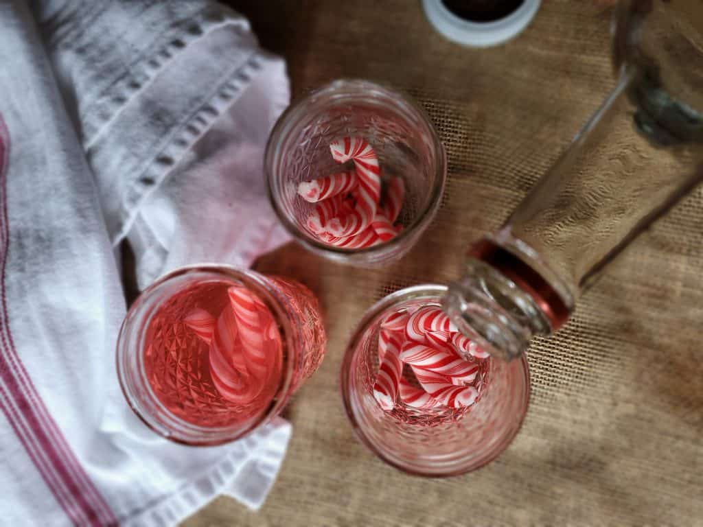 Peppermint vodka drinks