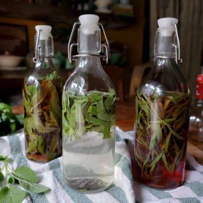 How to Make Herbal Vinegars for Cooking