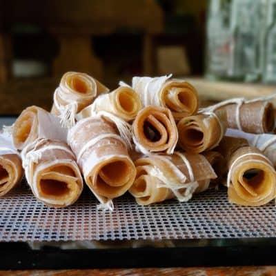 Apple Cinnamon Fruit Leather | an Easy Homemade Recipe