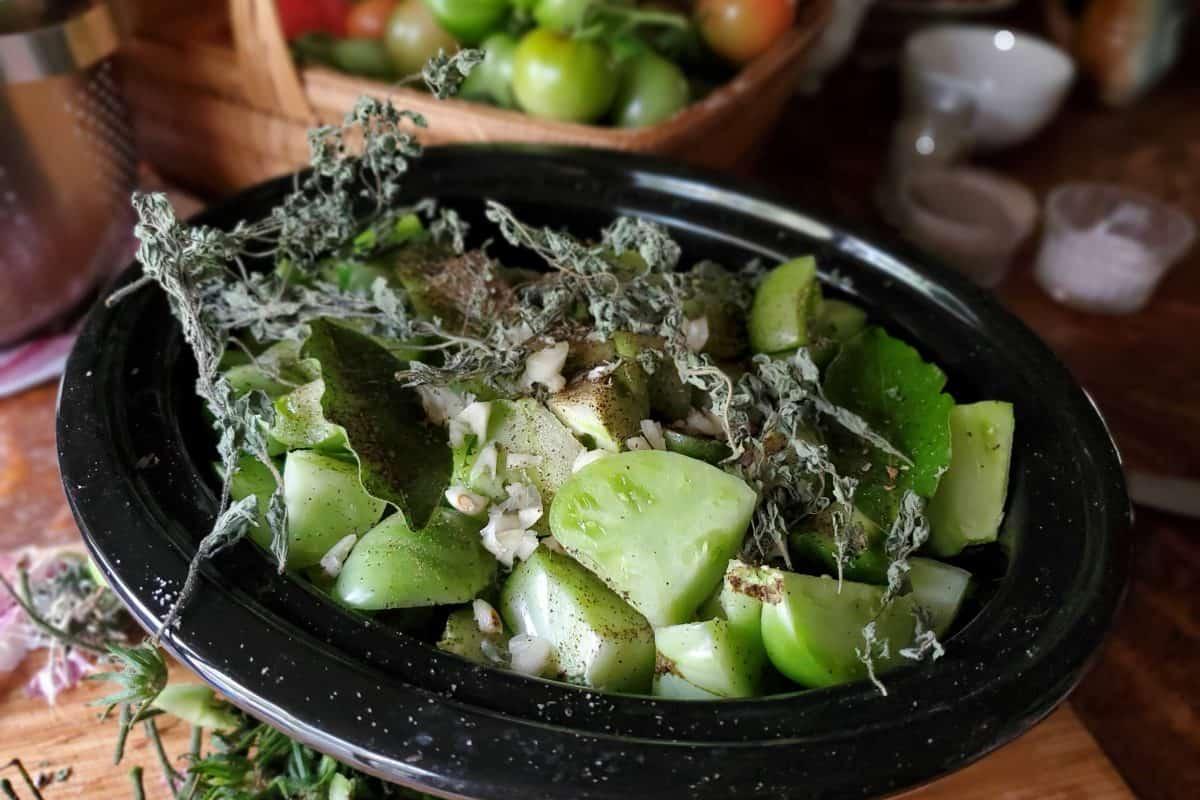 Canning Pomodori Verdi – a Green Tomato Pasta Sauce